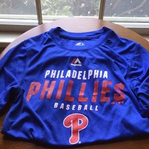 Boys short sleeve Phillies shirt size L 14-16